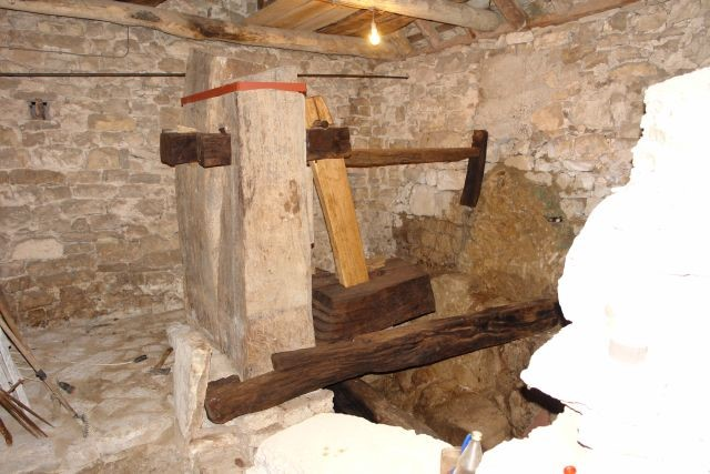 antonicin mlin